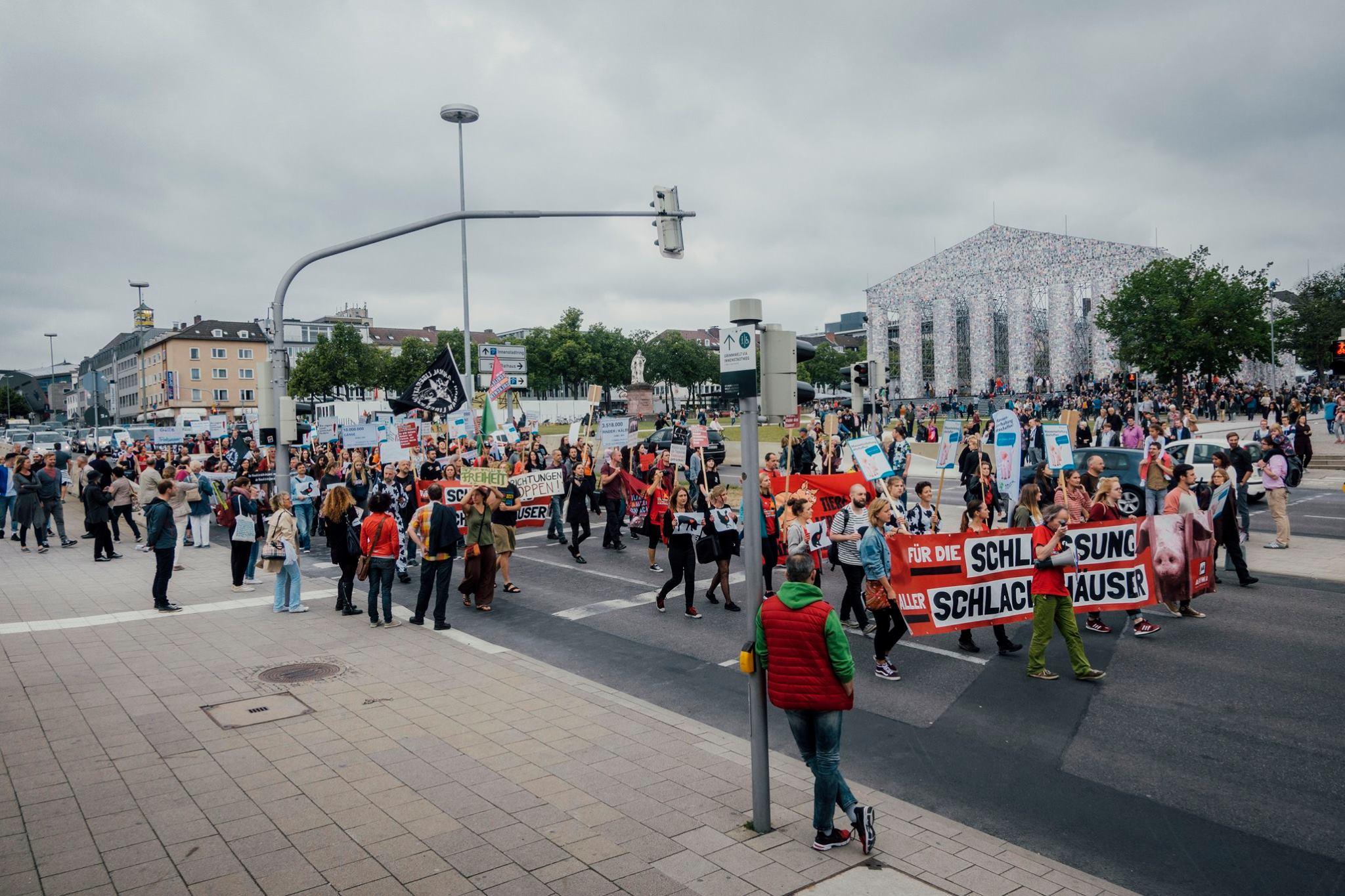 Photo de la Marche pour la fermeture des abattoirs 2017 à Cassel